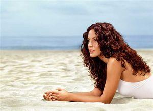 10 советов по защите волос от солнца