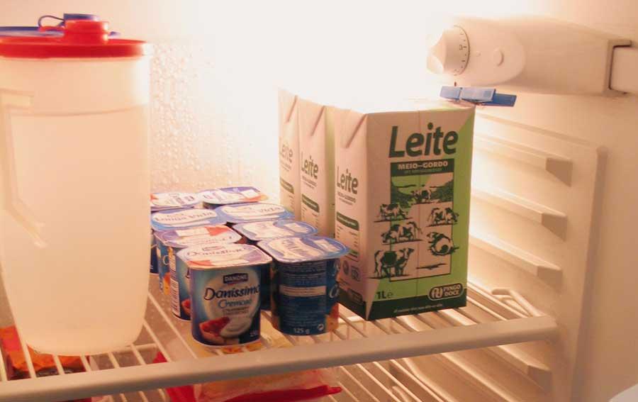 Сколько можно хранить продукты в холодильнике и шкафу