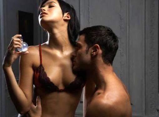 Секс и трахают сексуальная телочка говорят на русском языке 76